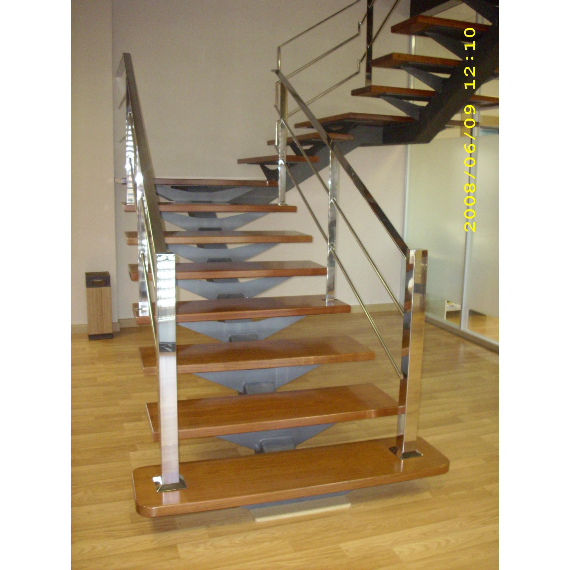 Escalera a medida de interior combinada - Barandilla escalera interior ...