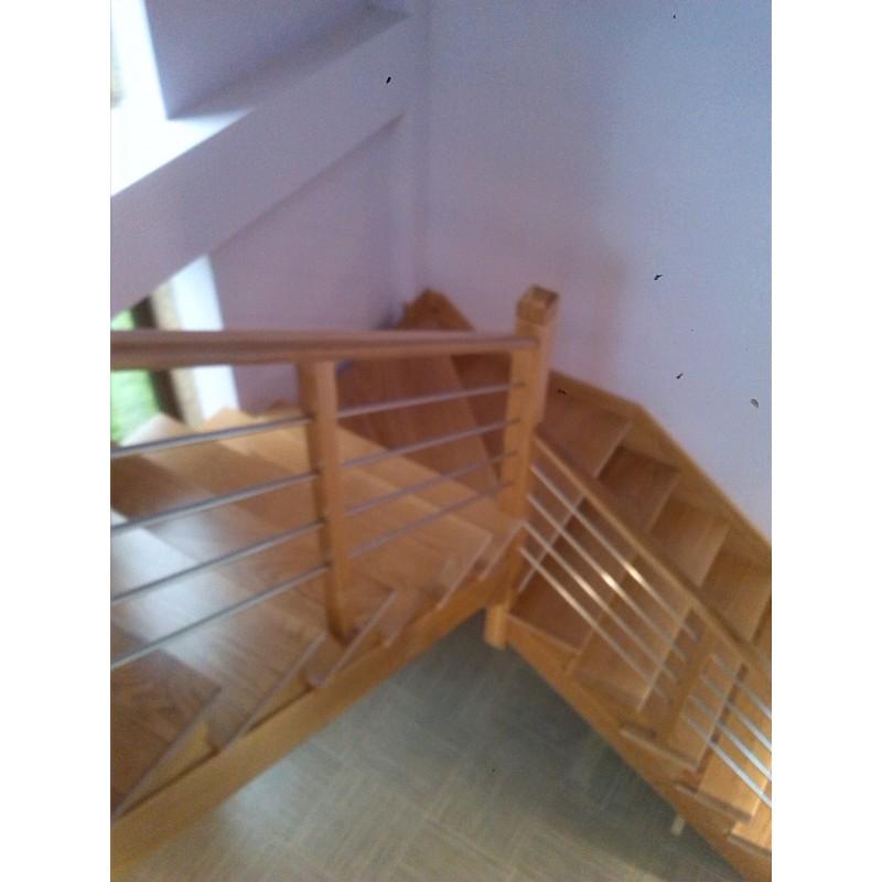 Escalera de interior a medida con madera - Barandilla escalera interior ...