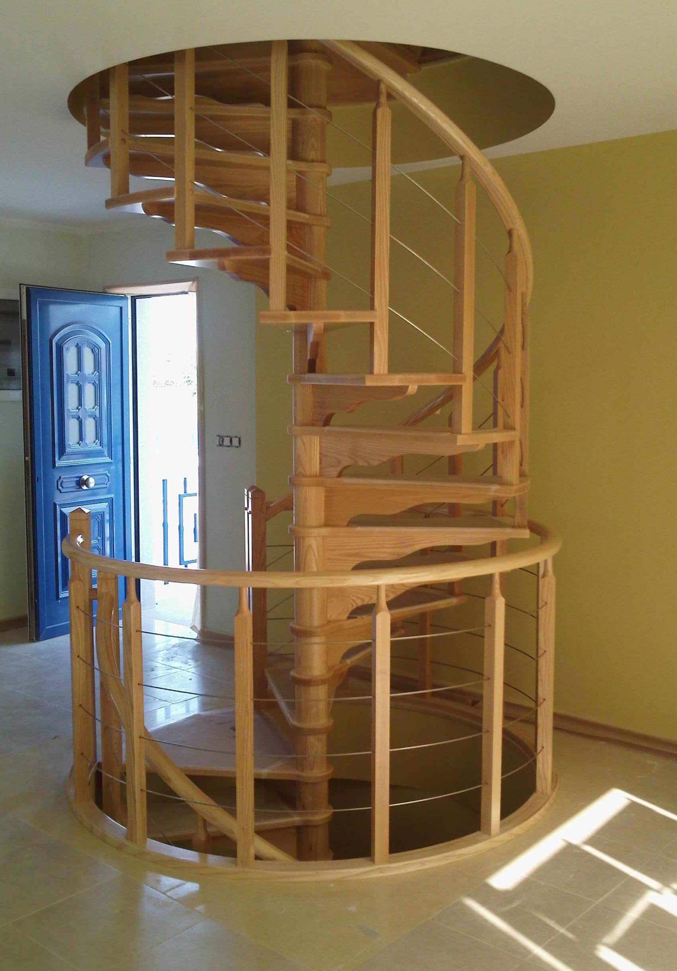 Escalera de caracol medidas affordable escalera de obra - Dimensiones escalera de caracol ...